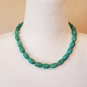 Jewelry - Genuine turquoise bead necklace